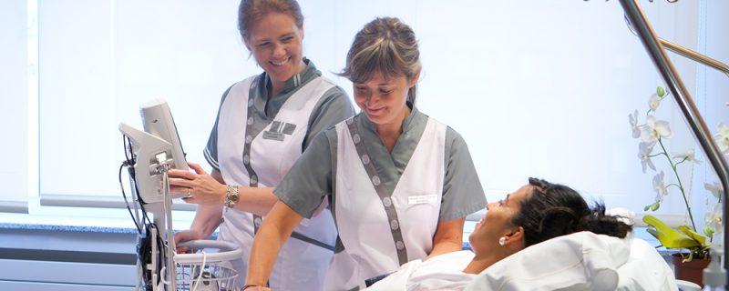 Cuidado paciente. Clínica Universidad de Navarra